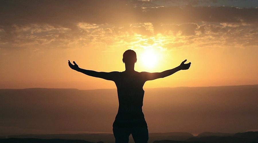 Morgenmenschen, Sonnenaufgang, Farbtemperatur, Licht und Biorhythmus, Zyklen, Jahreszeiten, circadianer Rhythmus, infradianer Rhythmus, ultradianer Rhythmus, LED Beleuchtung, HCL, Human Centric Lighting