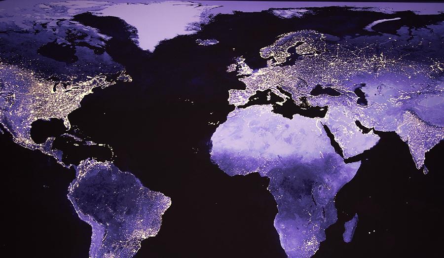 Lichtverschmutzung, Lichtsmog, Beleuchtung, Ballungsräume, Licht und Umwelt,LED und Umwelt, Nachthimmel, Beleuchtung Stadt, Nachthimmel Stadt, Auswirkungen von Lichtsmog, Auswirkungen von Lichtverschmutzung, Flora und Fauna Licht, Licht im Garten, Weltkarte Licht, Weltkarte Nacht